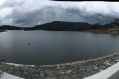 Panorama del embalse para elevar el nivel de agua de la central hidroeléctrica de Djibloho