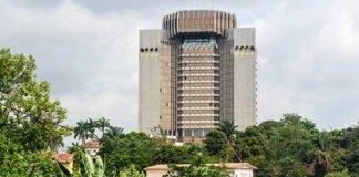 Sede del Banco de los Estados de África Central en Yaoundé, Camerún.