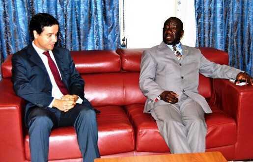 Gregorio Boho Camo y Christian Garma, ex-consejero Económico y Comercial de la Oficina Comercial de España en Guinea Ecuatorial (imagen de archivo).