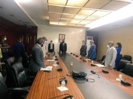 Gabriel Obiang se ha reunido hoy con las empresas Total GE Gepetrol Services y Tradex con el objetivo de racionalizar el suministro de combustible en las estaciones de Total, tras el ocurrido incidente del barco Maria E de Total atacado por los piratas en el Golfo de Guinea.