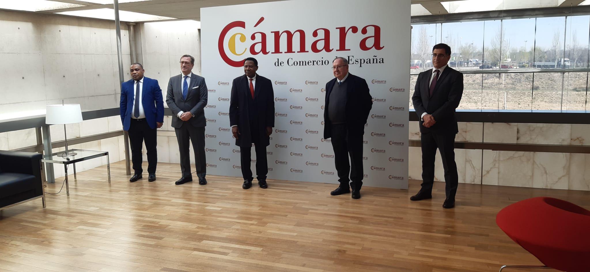 Encuentro entre Miguel Edjang Angue y el Presidente de la Cámara de Comercio de España